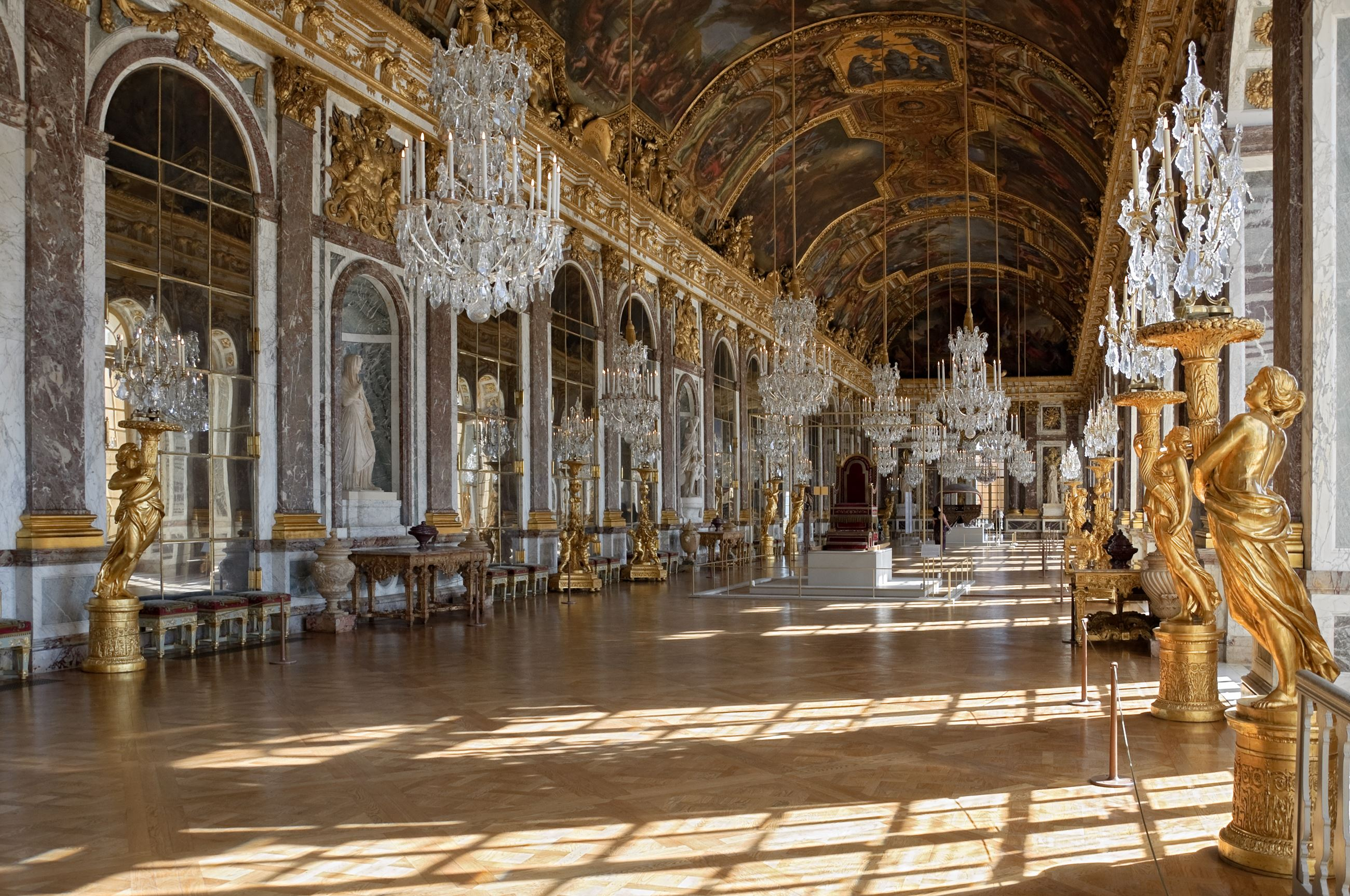 Palace of Versailles Opens in new window